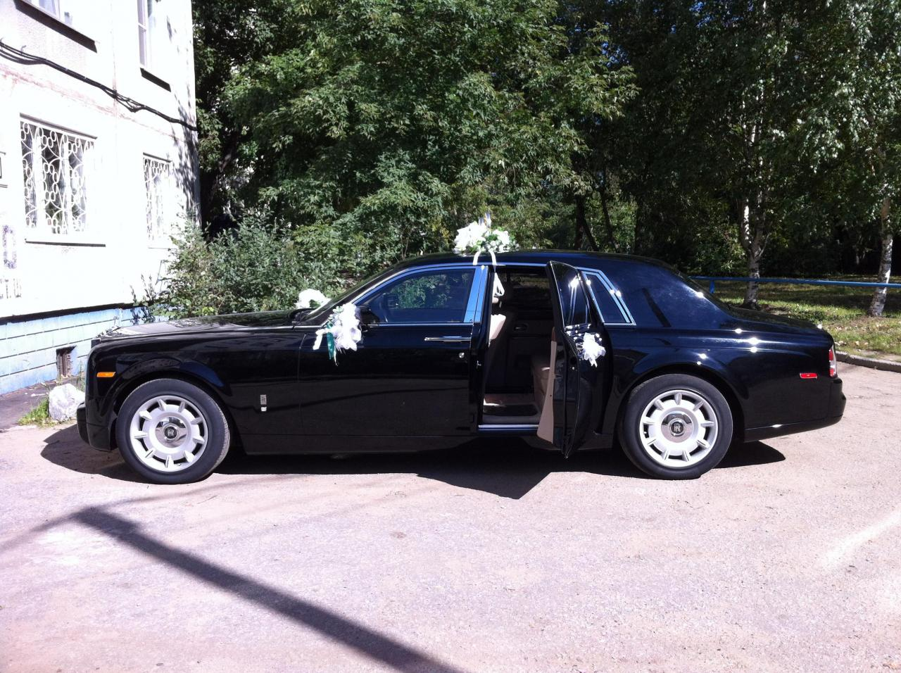 Седан Rolls-Royce Phantom - #1