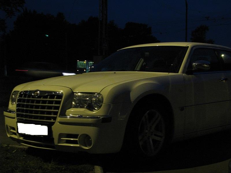Седан Chrysler 300C - #3