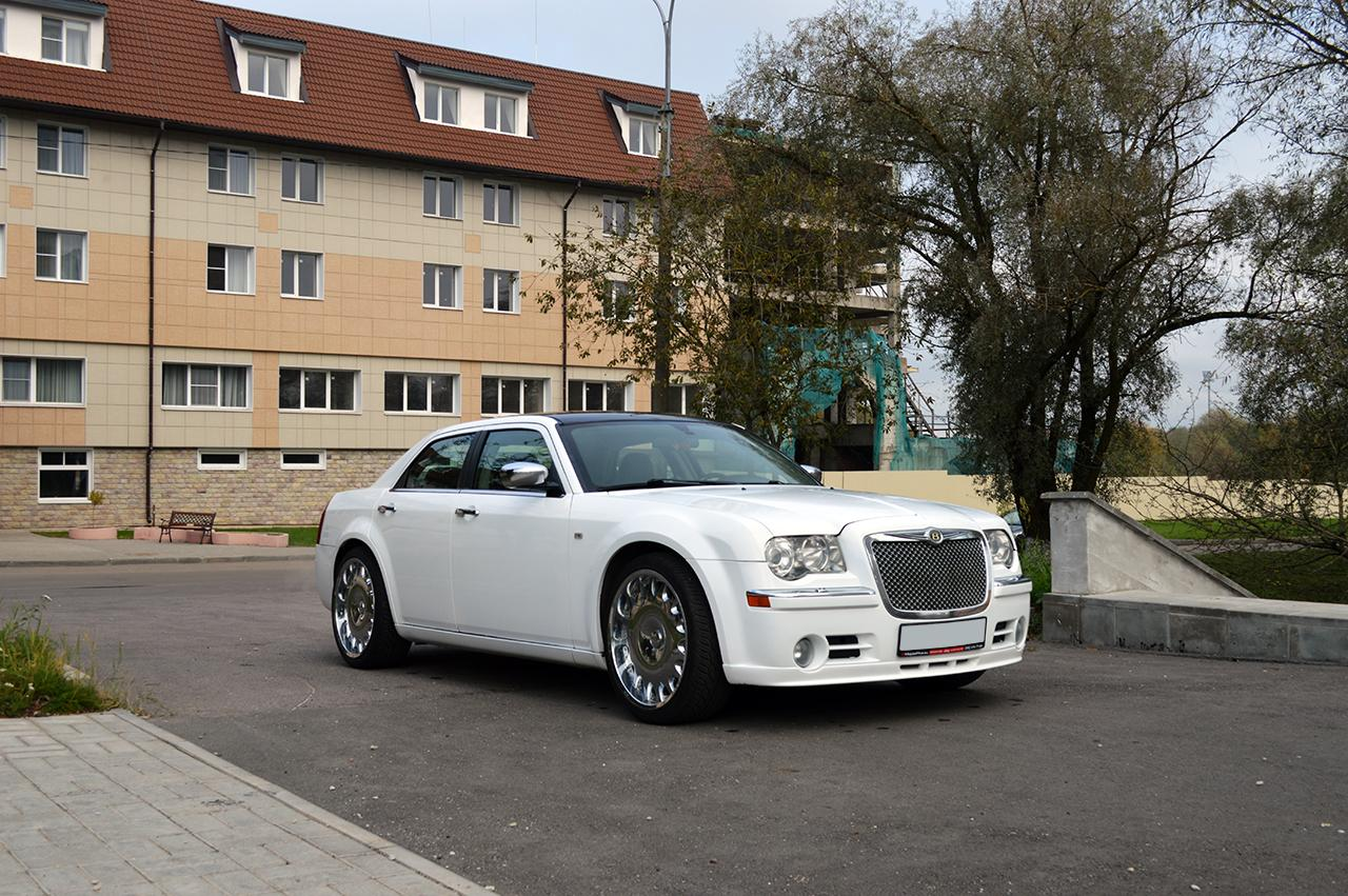 Седан Chrysler 300C - #13