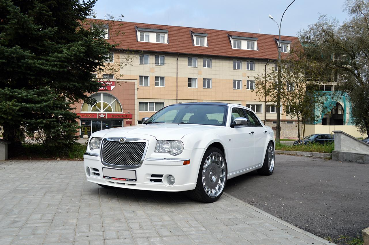 Седан Chrysler 300C - #9