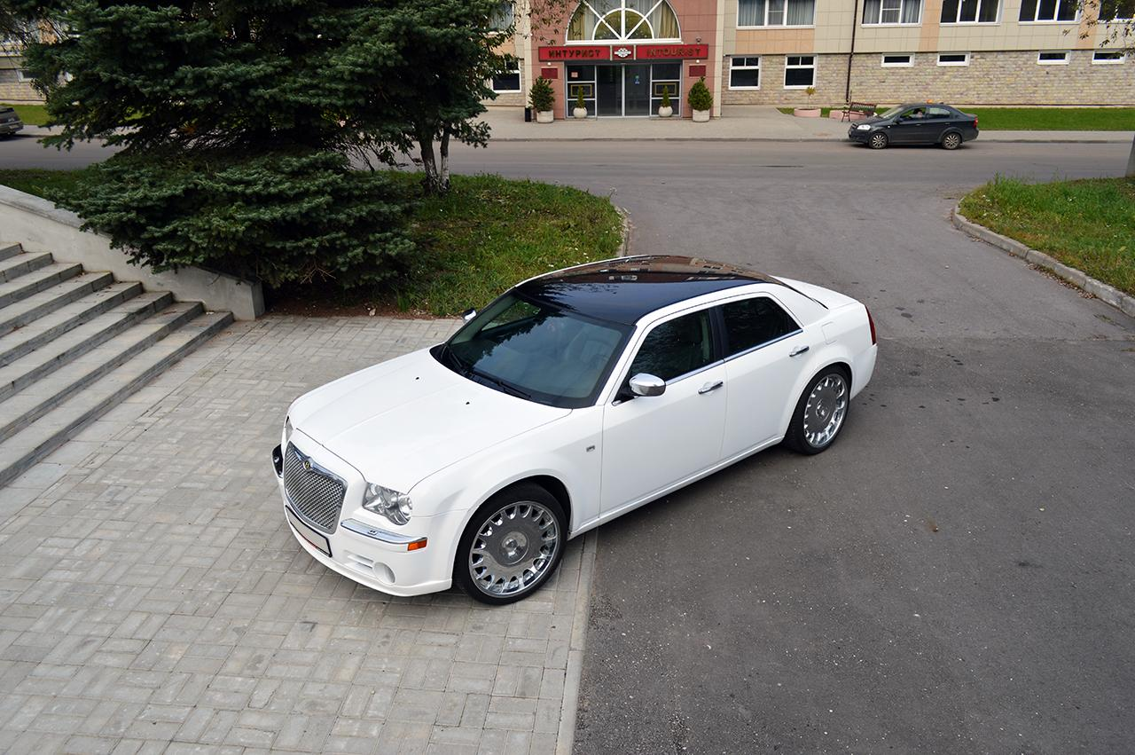 Седан Chrysler 300C - #7