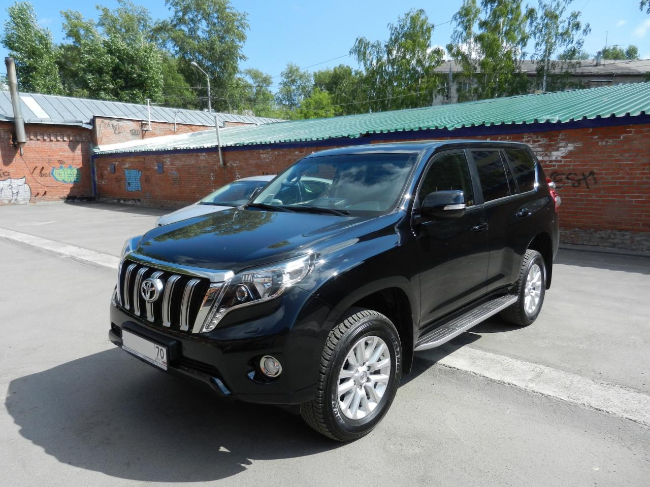 Седан Toyota Land Cruiser Prado - #1