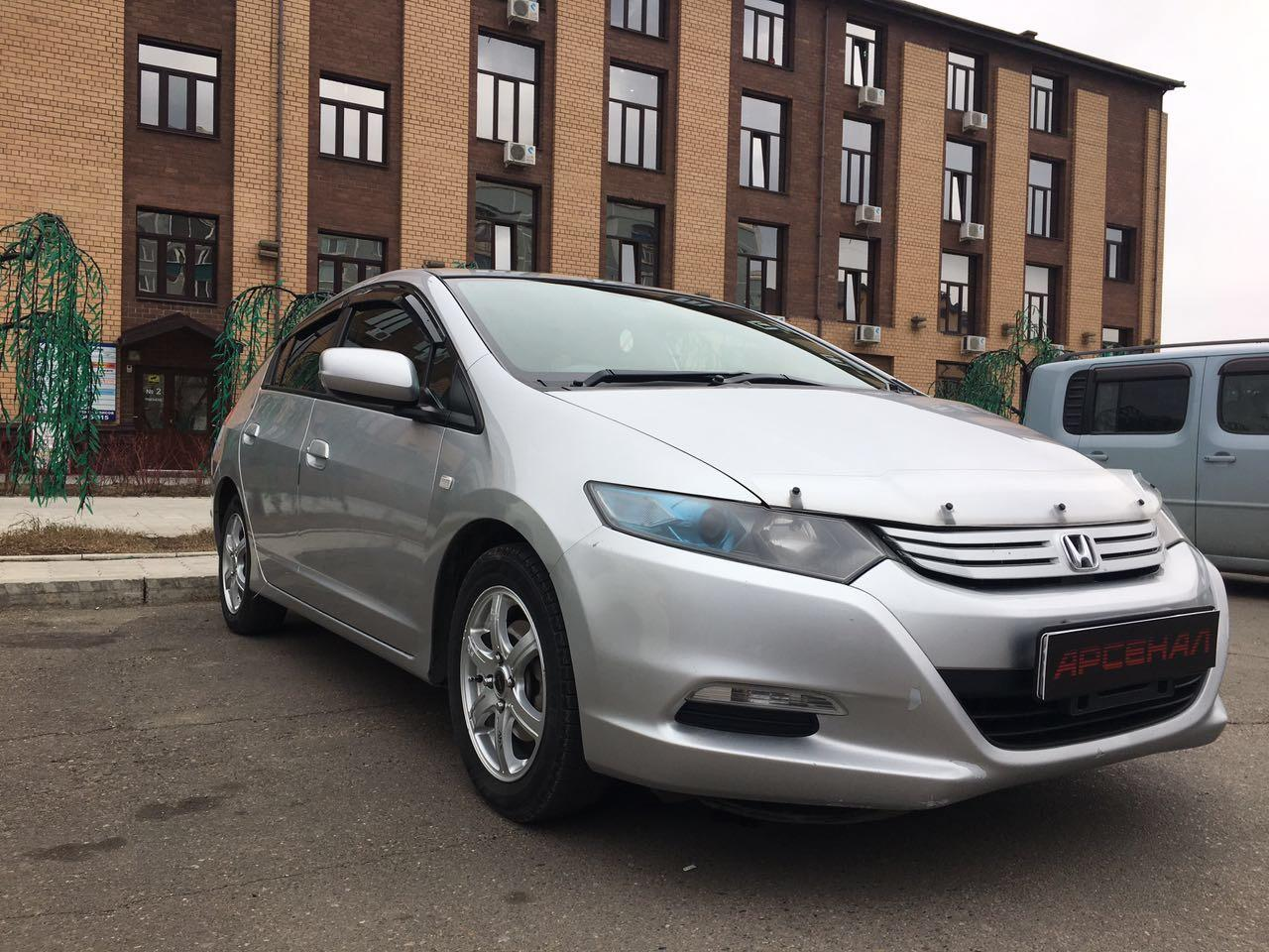 Седан Honda Insight - фото 6